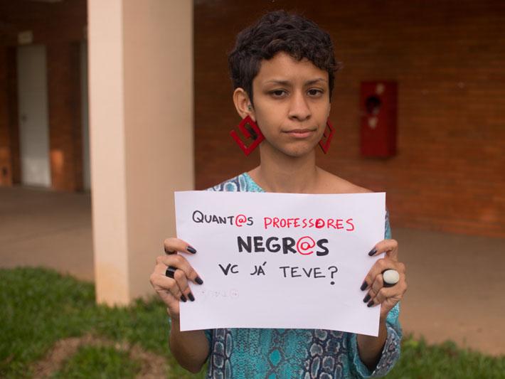 Estudantes Da Ufjf Fazem Foto-campanha Contra O Racismo