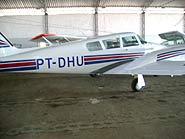 Foto de avião branco