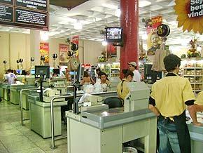 http://www.acessa.com/negocios/arquivo/mercados/2008/08/11-supermercados/caixa2.jpg