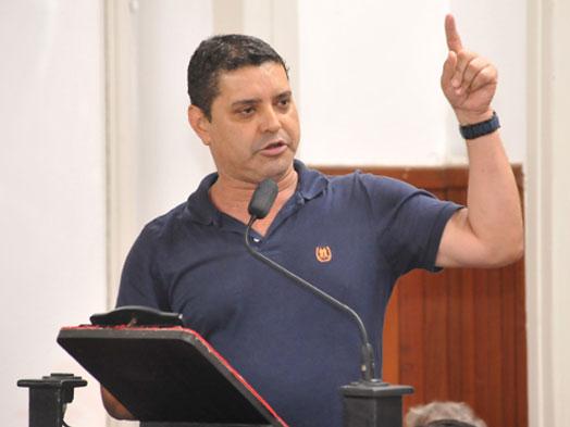 Vereador quer estender parcelamento do IPVA em 12 vezes para todo Estado